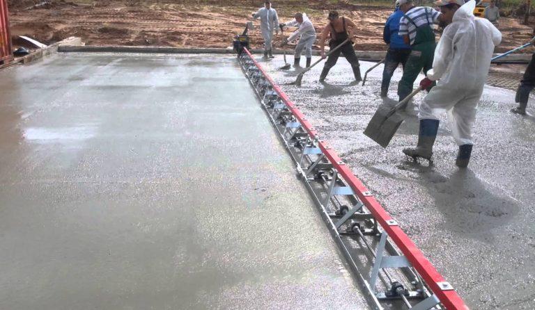 Вибрирование при укладке бетонной смеси нанесение декоративного бетона